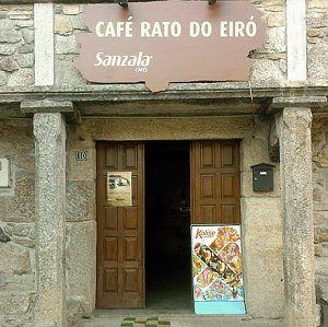 Café / Mercearia Rato do Eiró